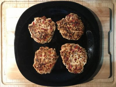 Hamburguesas de pollo con champiñón y pimiento rojo
